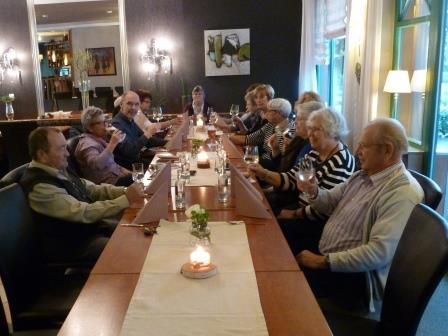 14 ehrenamtliche aus mayen besuchten das seniorenzentrum in diez und die stadt limburg awo. Black Bedroom Furniture Sets. Home Design Ideas