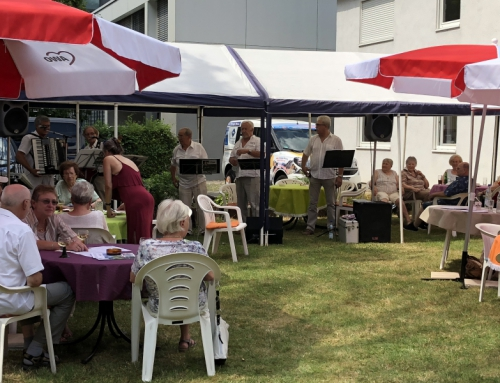 Traditionelles Sommerfest