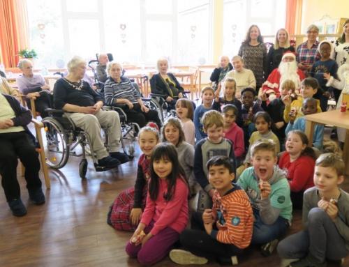 Schüler bringen Schwung ins AWO Seniorenzentrum Idar-Oberstein