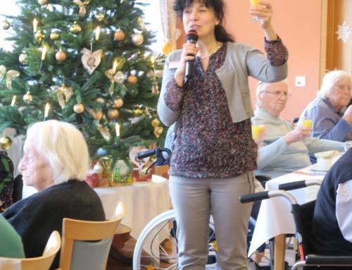 AWO Seniorenzentrum Höhr-Grenzhausen: Fröhlicher Neujahrsempfang mit Besuch der Sternsinger im Kannenbäckerland