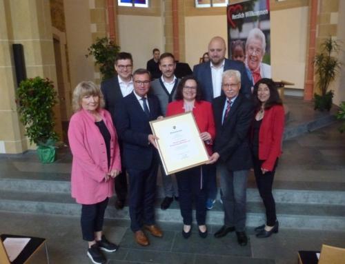SPD-Bundesvorsitzende Andrea Nahles gratulierte als Mitglied des Ortsvereins Bad Neuenahr-Ahrweiler
