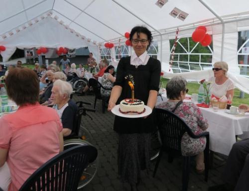 AWO Seniorenzentrum Kannenbäckerland – Sommerfest im Zeichen von 100 Jahren AWO