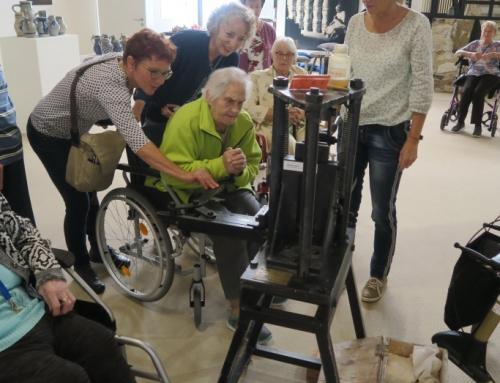 AWO Seniorenzentrum Kannenbäckerland besucht Keramikmuseum