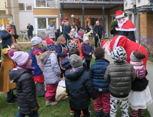 100 Jahre AWO: Adventsmarkt im AWO Haus der Generationen Remeyerhof