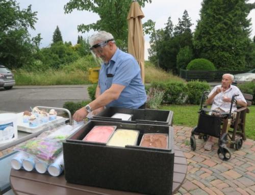 AWO Seniorenzentrum Kannenbäckerland – leckeres Eis für alle!